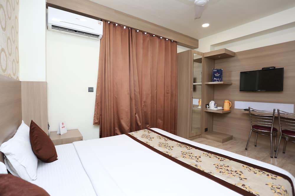 Deluxe Double or Twin Room, 1 Queen Bed - Guest Room