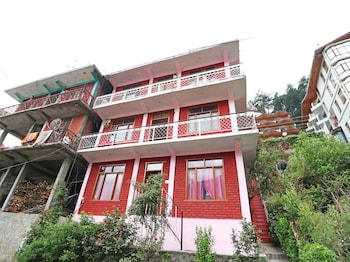 Picture of OYO 14238 Home Valley View Studios Hadimba Road in Manali