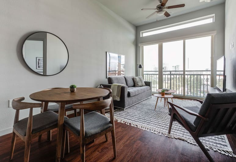 Locale Uptown at Galleria , Houston, Deluxe Apartment, 1 King Bed with Sofa bed, Room