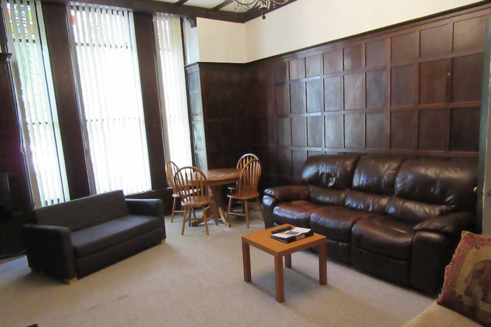 شقة في المدينة - غرفة نوم واحدة - غرفة معيشة