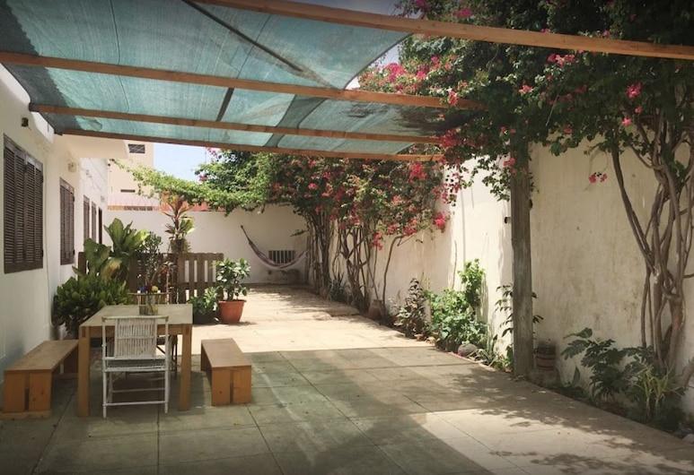 Syds Guesthouse I, Praia, Terrazza/Patio