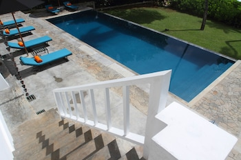 Enter your dates to get the Tangalle hotel deal