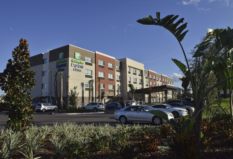 Holiday Inn Express & Suites Orlando - Lake Nona Area, Orlando