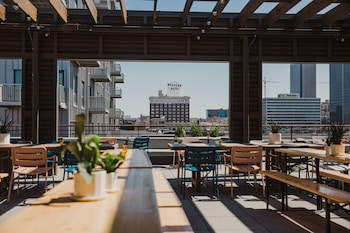 Picture of Crossroads Hotel in Kansas City