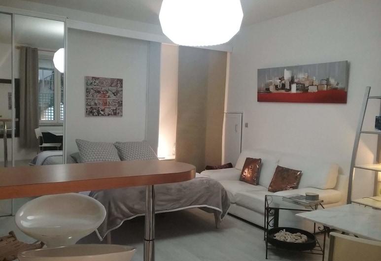 La Cour Victoria, Nansi, Studijos tipo numeris mieste, 1 standartinė dvigulė lova, Kambarys