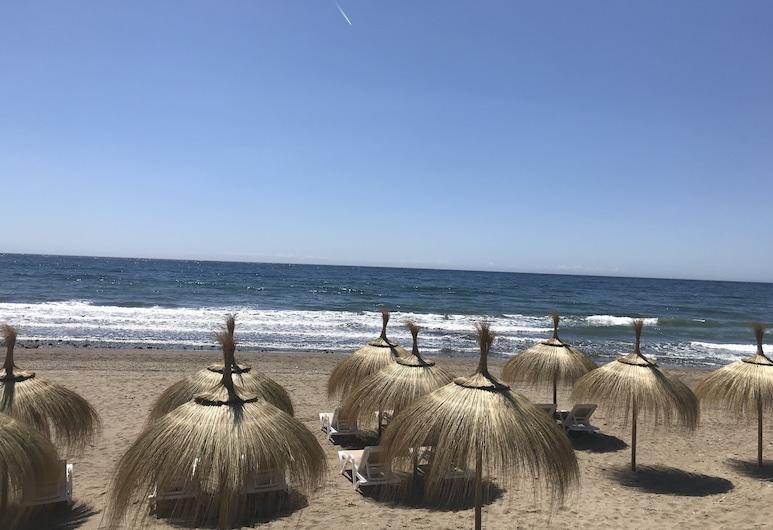Jardines Las Golondrinas Elviria Stunning Sea Views, Marbella, Strand