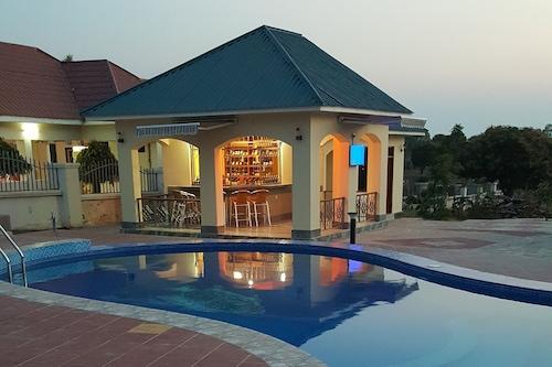 拉厄飯店/