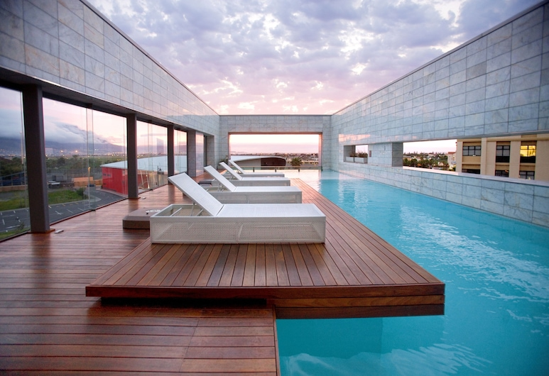 Island Letting-Crystal towers, Le Cap, Piscine couverte