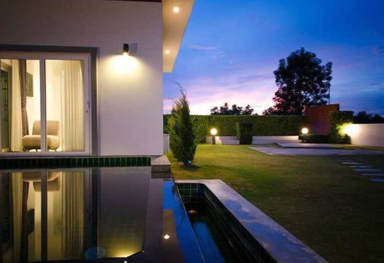 แอล.เอ. พูลวิลล่า หัวหิน, อ.หัวหิน, 3-Bedroom Villa with Private Pool, ลานระเบียง/นอกชาน