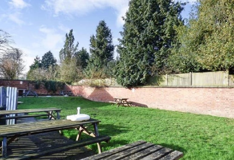 The Bell Inn, Lutterworth, Garden