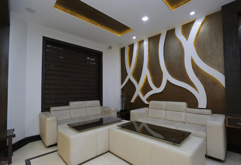 OYO 12154 Hotel Heaven Resort, Agra, Salon u predvorju