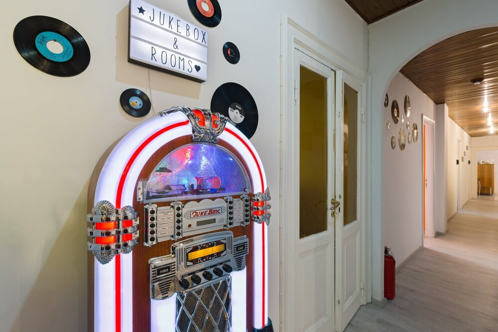 Kühlschrank Jukebox : Jukebox & rooms b&b in rom hotels.com