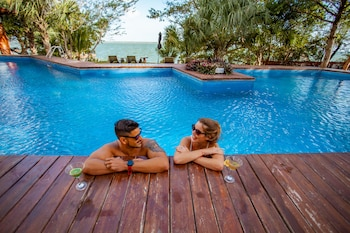 Picture of Mia Bacalar Luxury Resort & Spa in Bacalar