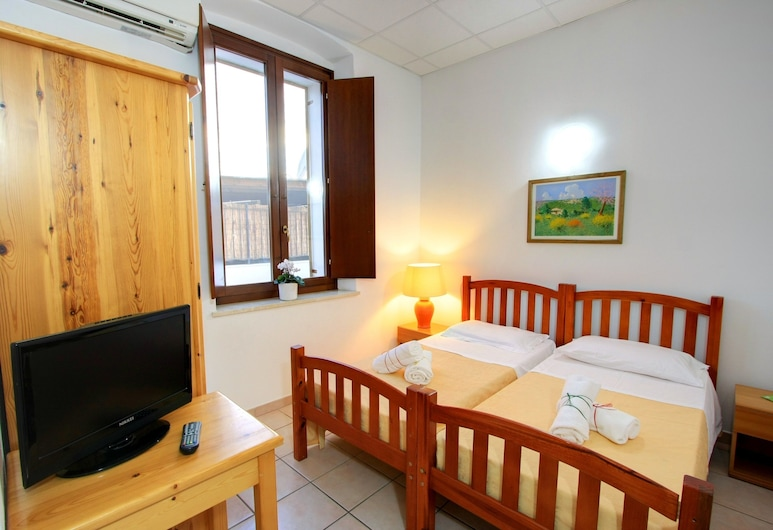 Hostel Marina, Cagliari, Double or Twin Room, Guest Room