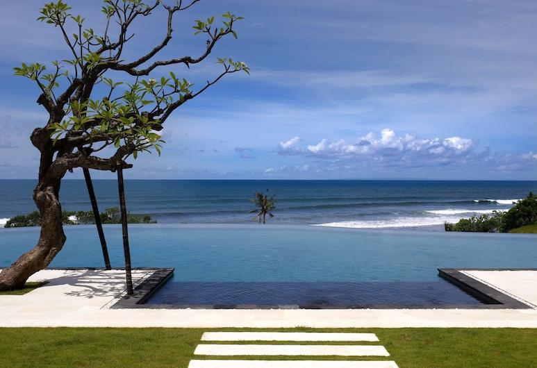 Villa Babar, Selemadeg, Luxe villa, 6 slaapkamers, uitzicht op zee (Free Airport Pick Up), Terras