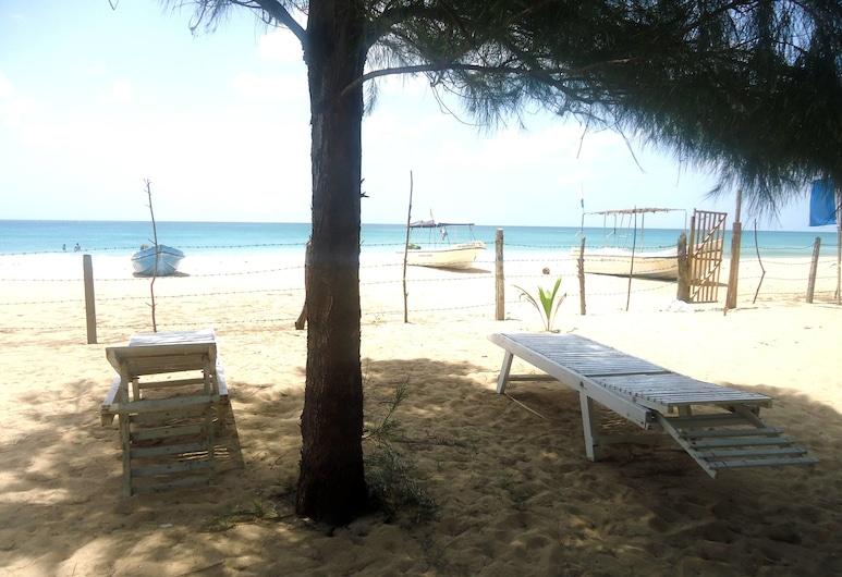 White Sand Beach Inn, Nilaveli