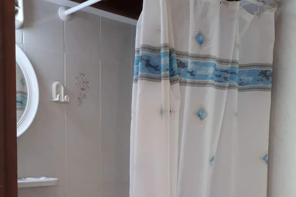 Premium Studio, 1 Double Bed, Smoking - Bathroom