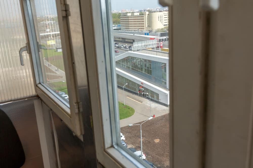 Апартаменти - Вид з балкона