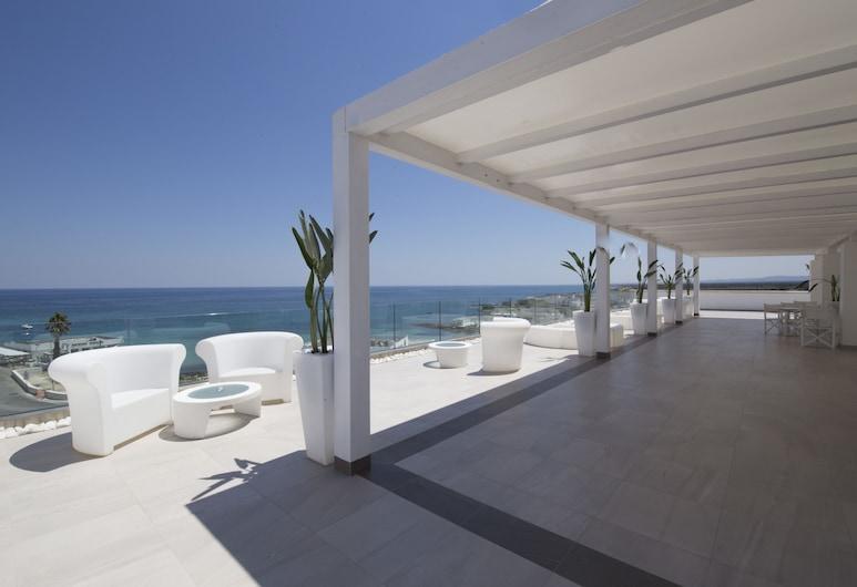 Bianco Riccio Suite Hotel, Fasano, Terrace/Patio