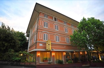 Picture of Hotel Casa Rossa in Montecatini Terme