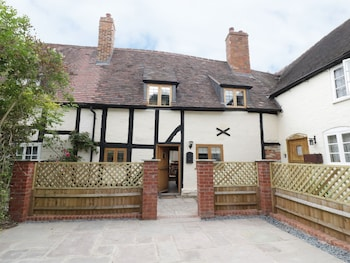 Picture of 3 Hathaway Hamlet in Stratford-upon-Avon