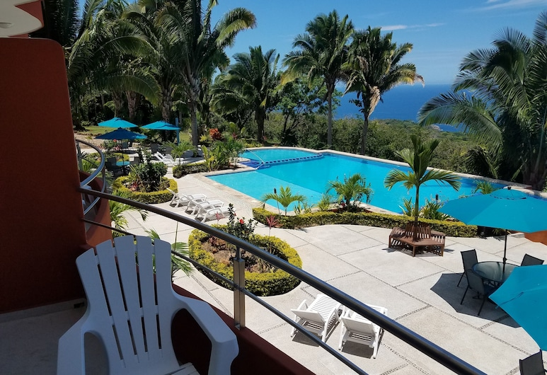 魅力景觀 207 號飯店, 茶卡拉, 室外游泳池