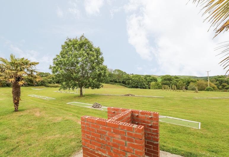 The Smithy, Tenby, Rekreační domek, Areál