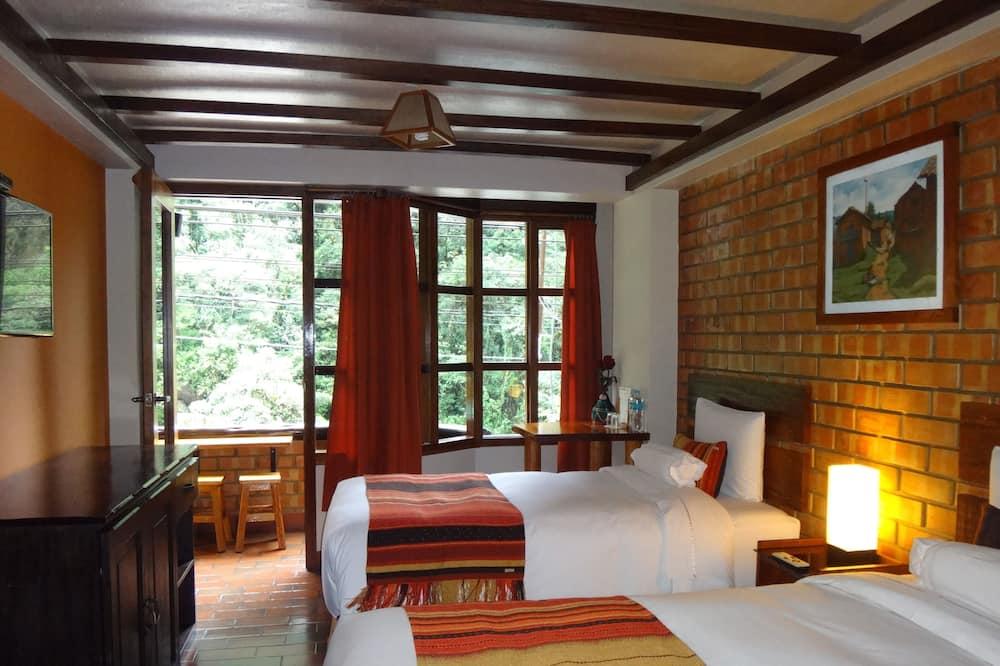 Habitación con 2 camas individuales, balcón, vistas al río - Cuarto de baño
