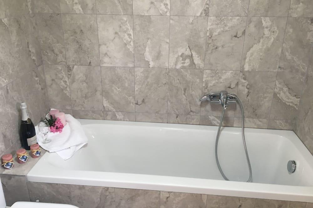 Comfort Σουίτα, Περισσότερα από 1 Κρεβάτια, Μη Καπνιστών - Μπάνιο