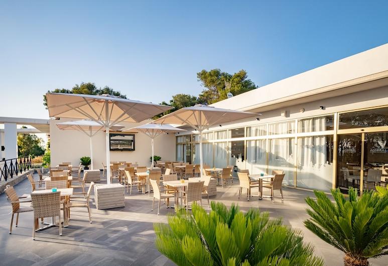Hotel Admiral Casino & Lodge, San Roque, Terrace/Patio
