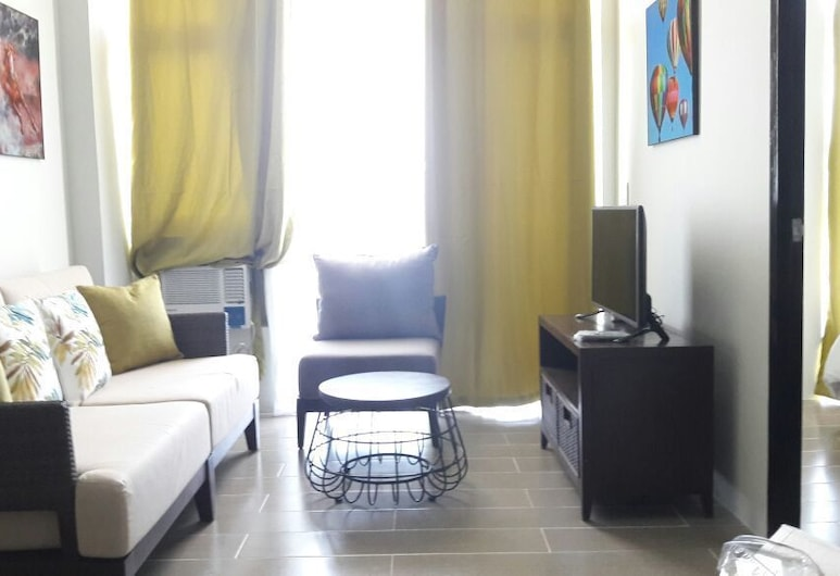 Unit E Cluster D 5th Floor at Oceanway Residence Boracay, Boracay Island, Deluxe Single Room, Living Room