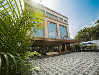 Picture of Crossway Parklane Airport Hotel Chennai in Chennai