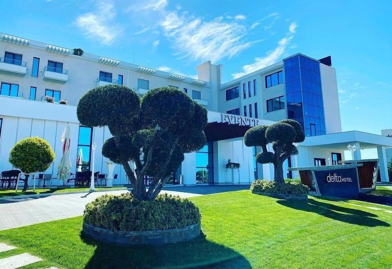 Delta Hotel, Rrashbull