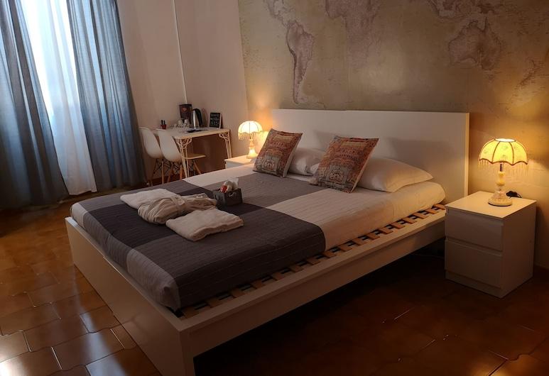 Macy's House, Rome, Klassieke kamer, 1 twee- of 2 eenpersoonsbedden, 1 tweepersoonsbed of 2 eenpersoonsbedden, Kamer