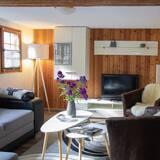 Traditional-Apartment, 2Schlafzimmer - Wohnbereich
