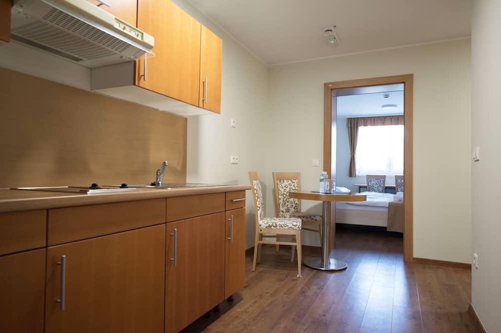 Apartment for 4 - Máltíð í herberginu