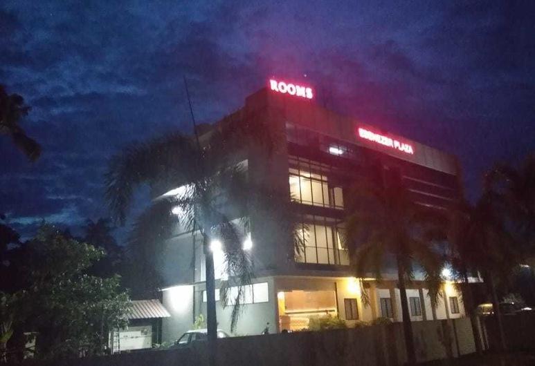 Ebenezer Plaza, Alwaye, Fachada do Hotel