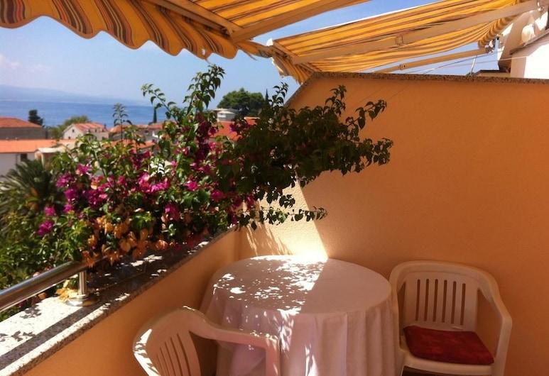 Apartments Juric, Baška Voda, Premium apartman, 2 spavaće sobe, balkon, pogled na plažu, Balkon