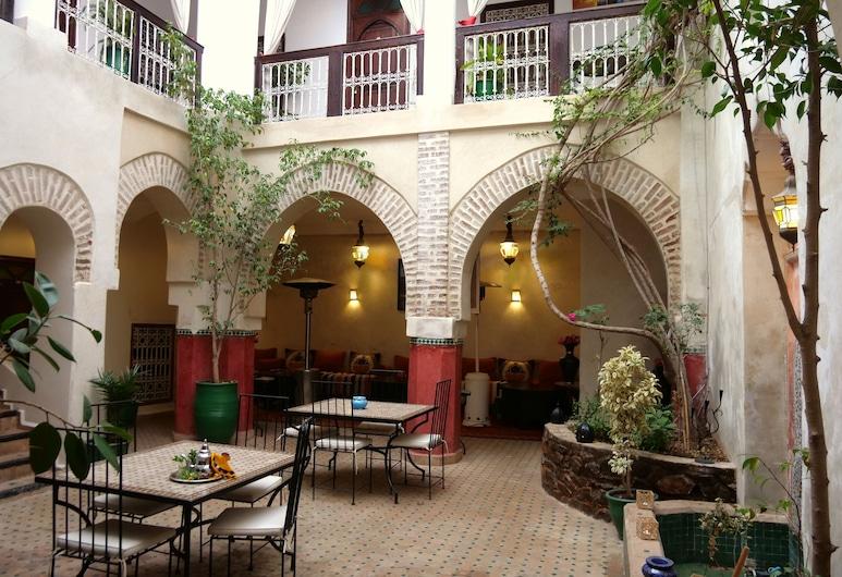 Riad Dar Palmyra, Marrakech, Courtyard