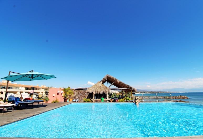 Punta Mita Luxury Beachfront Condo, Punta de Mita, Piscina en el piso superior