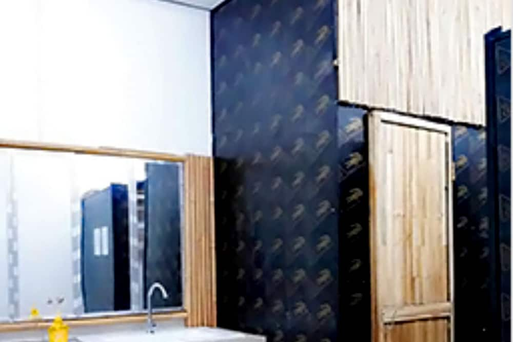 Shared Dormitory, Accessible - Bathroom