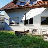 Lejlighed - terrasse - udsigt til have (1) - Terrasse/patio