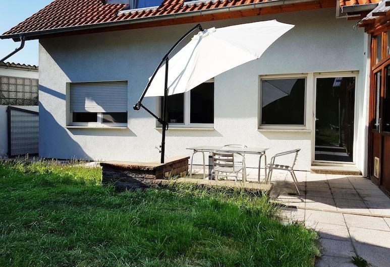 My-Skypalace, Obersulm, Appart'hôtel, terrasse, vue jardin (1), Terrasse/Patio