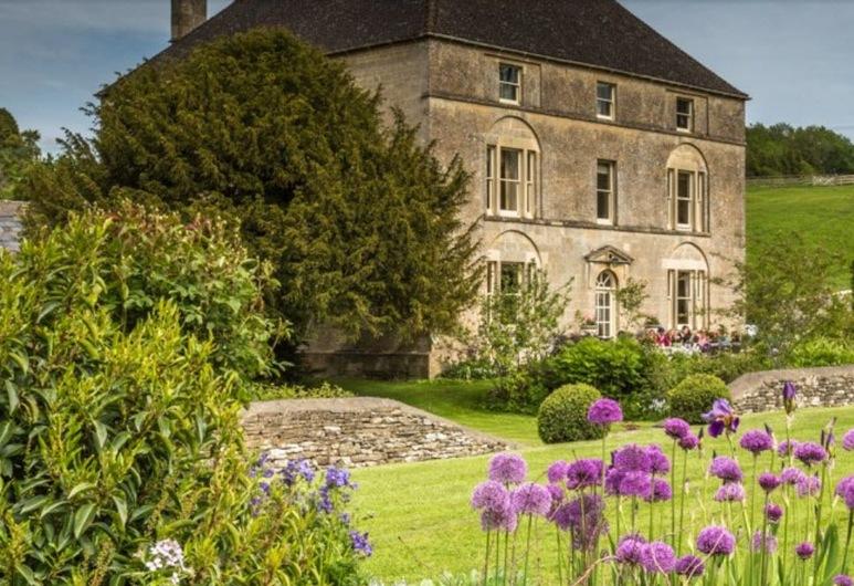 Aylworth Manor, Cheltenham