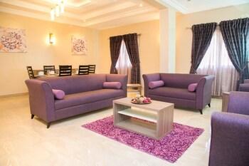 תמונה של Gloriana Apartments באבוג'ה