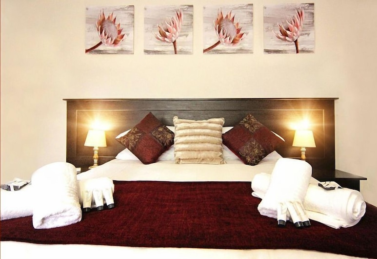 Belle Vue Bed and Breakfast, Komani, Deluxe Double Room, Guest Room