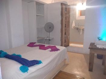 Picture of Hotel Lola Atlachinolli in Sayulita
