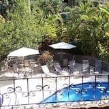 Classic-dobbeltværelse til 1 person - 1 soveværelse - udsigt til pool - ved pool - Altan