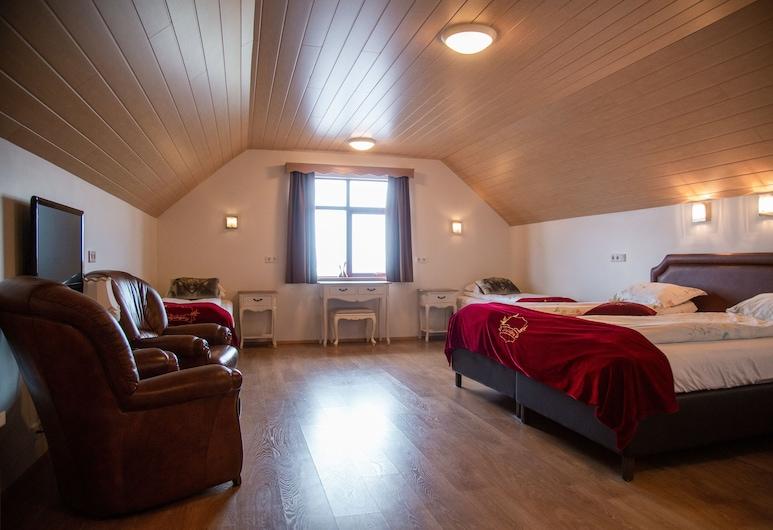 Hotel Smyrlabjorg, פסקרודוספיורדור, חדר לארבעה, חדר אורחים