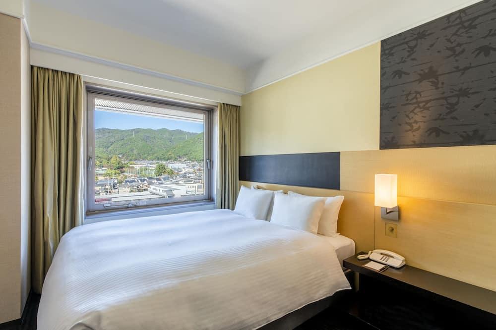 Double Room, Non Smoking - Mountain View